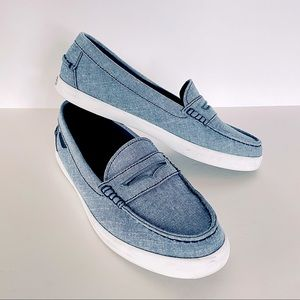 COLE HAAN //Nantucket Chambray Blue Slip on Loafer